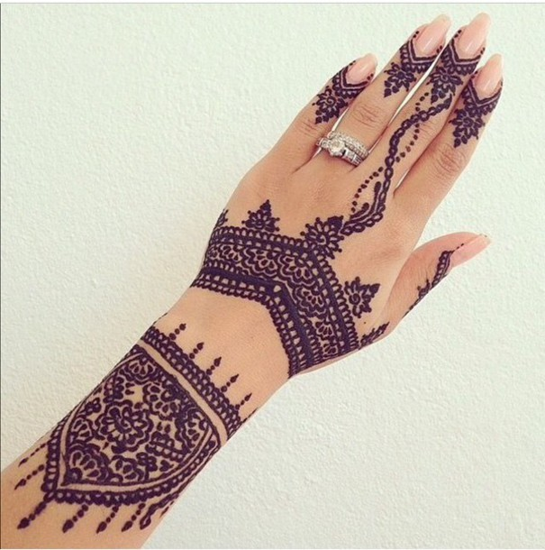 Henna Tattoo Meaning & Designs