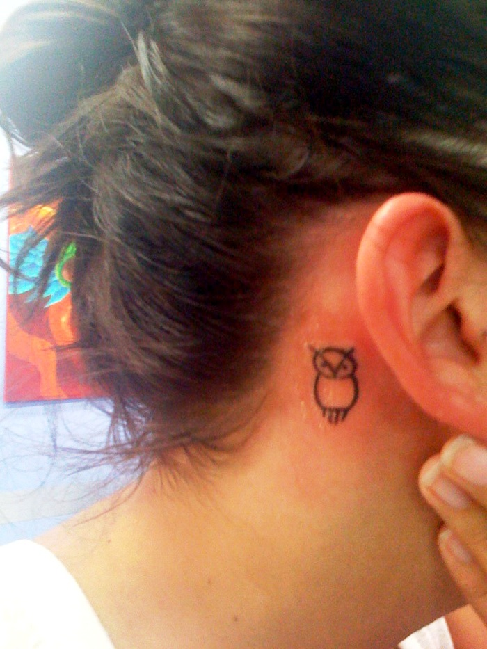 Neck-Owl-Tattoos-for-Women