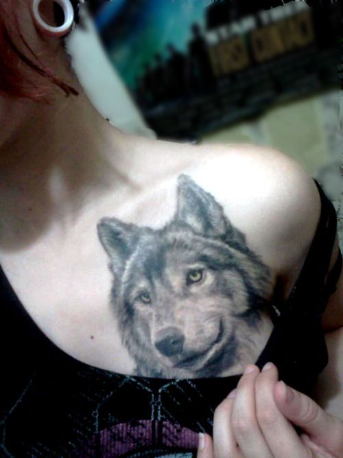 girl-wolf-tattoo