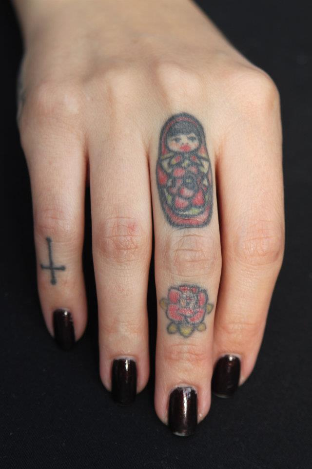 tattoo-finger