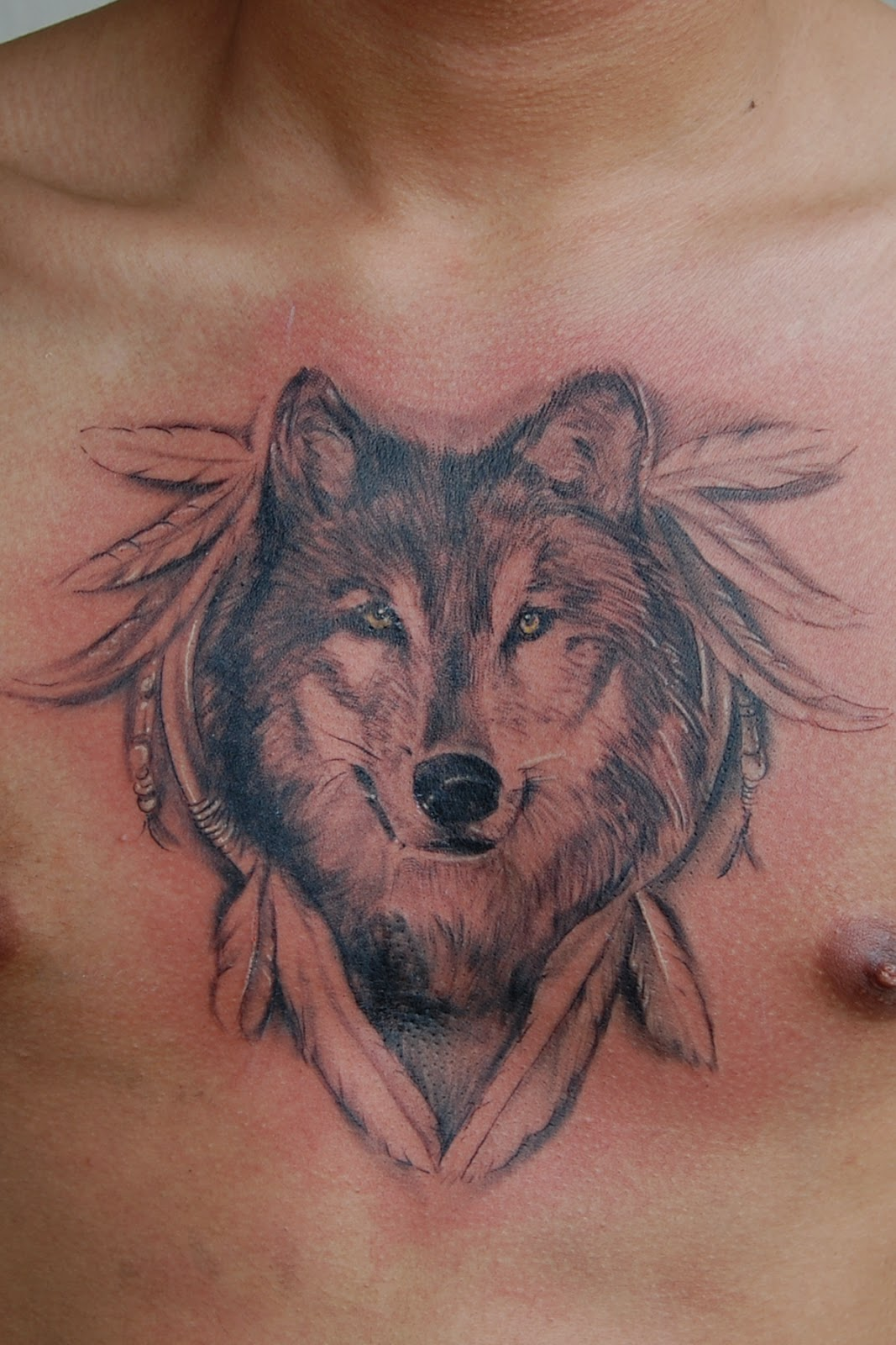 wolf-tattoo-on-chest